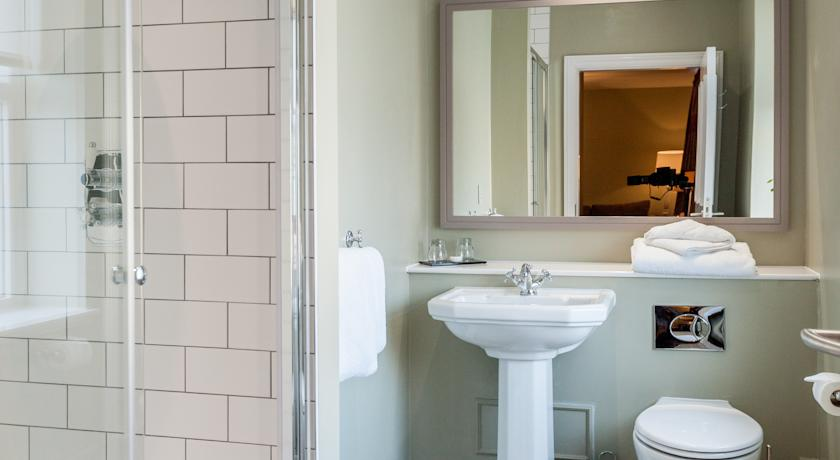 Sheffield boutique hotels b bs boutique places to stay for Best boutique hotel bathrooms