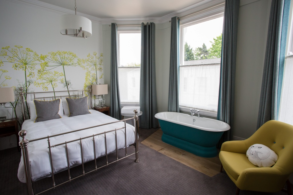 Peach Pubs Opens New High Field Town House Hotel In