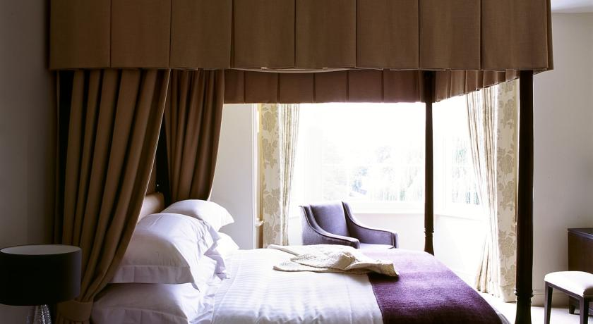 Top 8 boutique hotels in surrey guildford farnham for Boutique hotels uk
