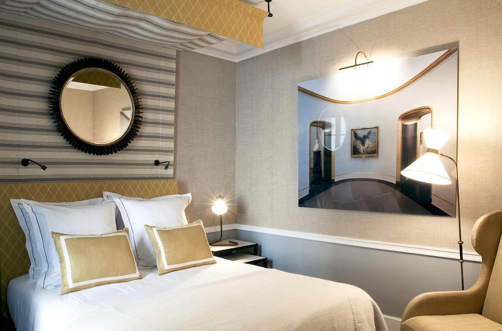 Boutique hotels in paris stay at a paris boutique hotel for Best boutique hotels uk
